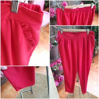 Pantalón rojo NUEVO A ESTRENAR