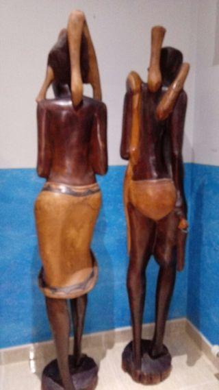 Tallas Africanas de ébano.