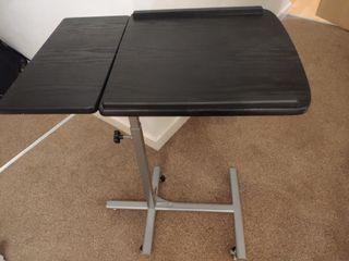 adjustale desk