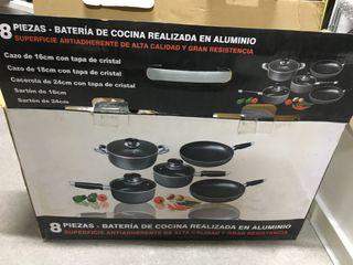 Batería de cocina compuesta por 8 piezas
