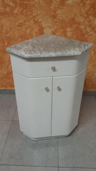 Rinconera lacada blanca para baño o cocina