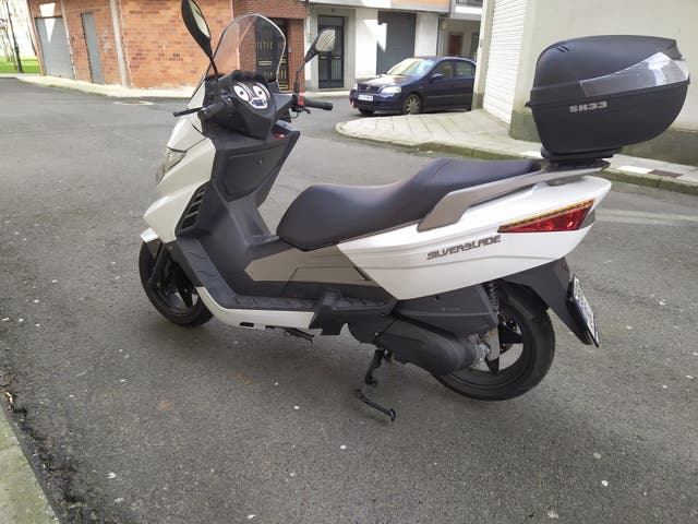 Scooter 125cc.