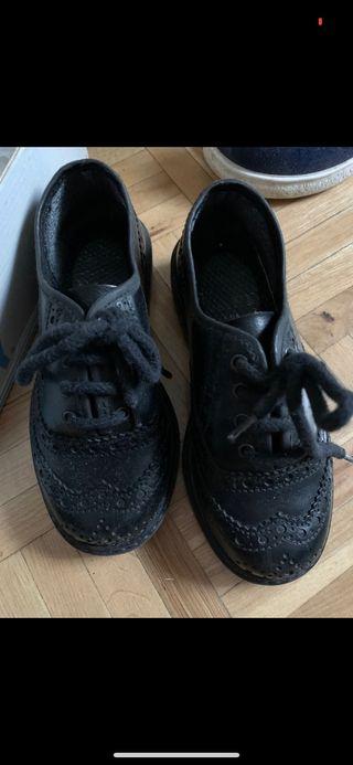 Zapato vestir 28-29 puestos media hora