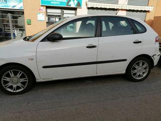 SEAT Ibiza 2005 . De motor, distribución, batería etc cómo nuevo. 60 k reales .