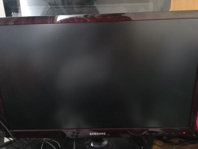 "Pc Gaming+pantallas 19"" y 23"""