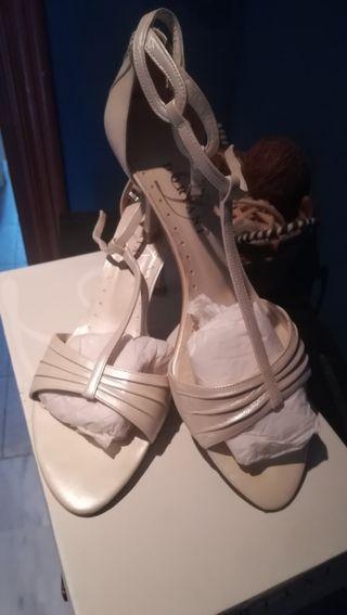 Zapatos de novia de segunda mano en San Fernando Naval en