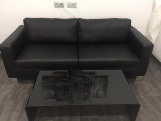 sofá polipiel + mesa cristal.REBAJADO!!!!