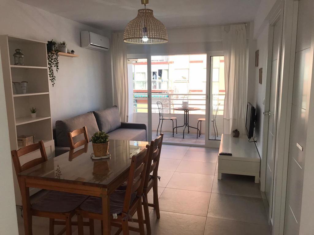 Apartamento en 3ª línea de playa, Torre del Mar (Torre del Mar, Málaga)