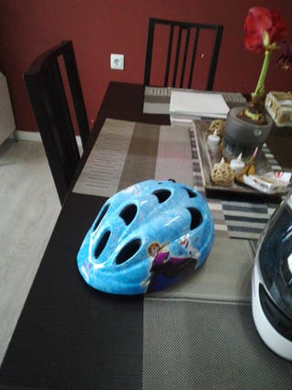 vendo casco niña, para bicicleta