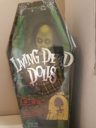 Living Dead doll Dee K