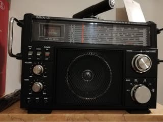 Intron. Emisora de radiofrecuencias