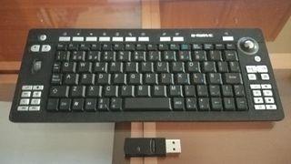 Teclado wireless multimedia con ratón integrado