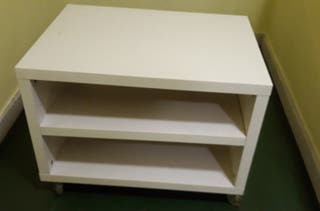 Mesa auxiliar blanca con ruedas-Ikea
