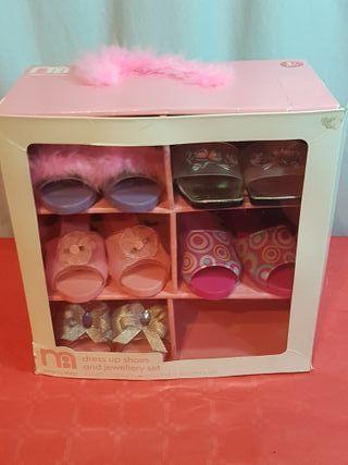 Armario con 5 pares de zapatos Princesas
