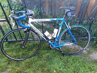 bicicleta carretera pinarello de carbono