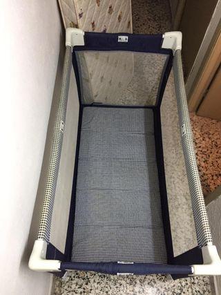 Cuna pórtatil con colchón