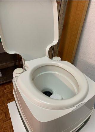 inodoro WC portátil thetford