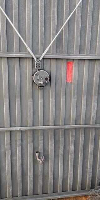 Puerta Abatible Roper