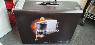 Cafetera Nespresso KRUPS essenza.