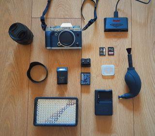 Fujifilm X-T3 + Objetivo 18-55mm + accesorios