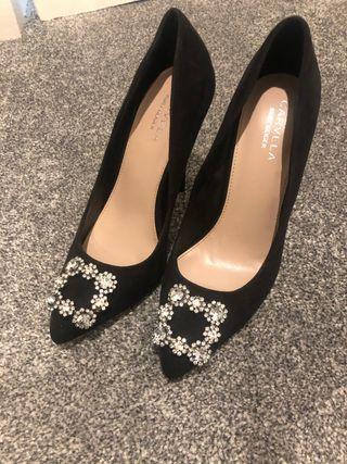Kurt Geiger size 5 black heels, never worn