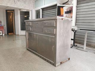 mueble cafetera de acero inoxidable