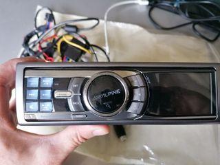 Autoradio alpine iDa-x001. con cargador de cd's.