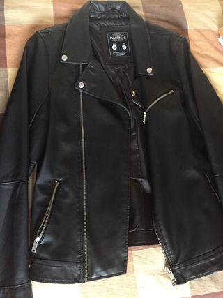Cazadora negra nueva talla S
