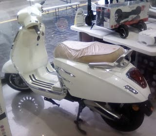 scooter electrica tipo vespa
