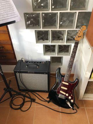 Fender stratocaster y Fender Blues Junior