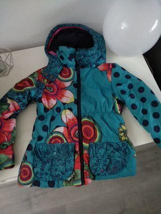 abrigo desigual talla 9-10