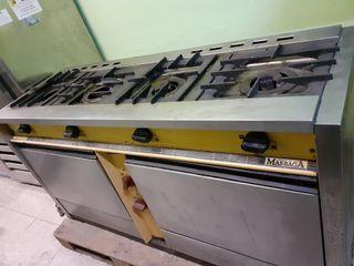 Cocina Industrial MASBAGA 4 fuegos 2 hornos