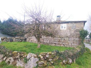 Casa con escudo para reformar