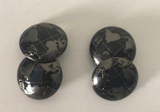 Boutons de manchette métal ronds Noirs/Gris CHANEL