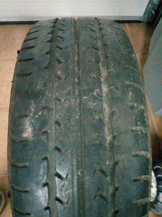 neumáticos de coche 205/60/16