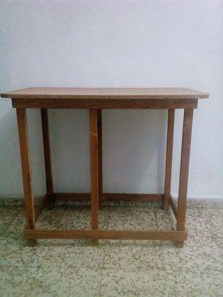 mesa madera para vestir