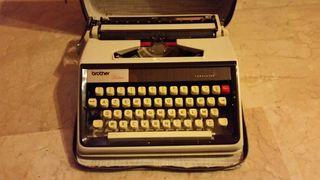 maquina de escribir brother. made in Japan