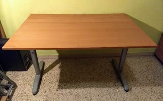 Mesa de escritorio de madera (color cerezo claro)