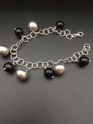 Pulsera plata de ley con bolas negras y de plata