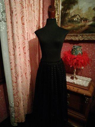Falda larga negra talla M encaje cintura elastica