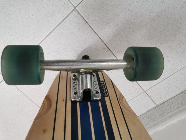 skate monopatín GLOBE