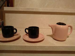Juego de tazas + tetera