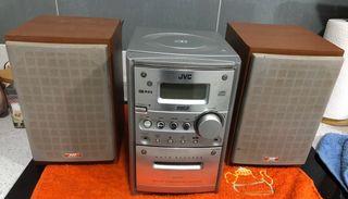 MINI CADENA JVC CA-UXG3 (plata)