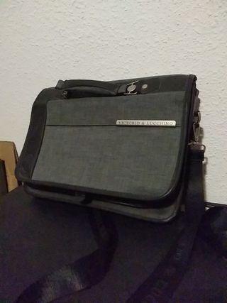 bolsa maletin de Victorio & Lucchino
