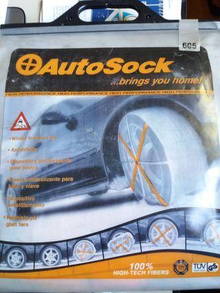 Cadenas textiles para neumáticos de coche.
