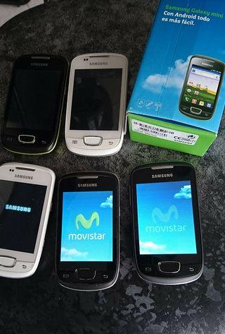 Lote de 5 Telefonos Samsung Mini.