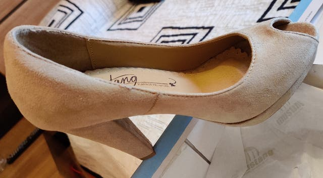zapato Mustang tacon nuevo