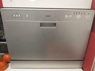 lavavajillas beken nuevo casi sin uso.