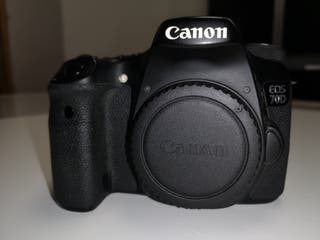 Cámara Semiprofesional Canon Eos 70D