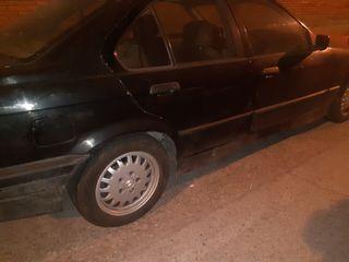 BMW Serie 3 matriculado 1993